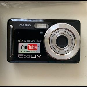 Casio Camera EX-Z29 NEW